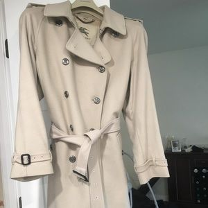 Burberry wool/cashmere double breasted trench coat